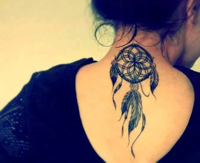 dreamcatcher-tattoo-in-black-ink-on-upper-back-for-girl1