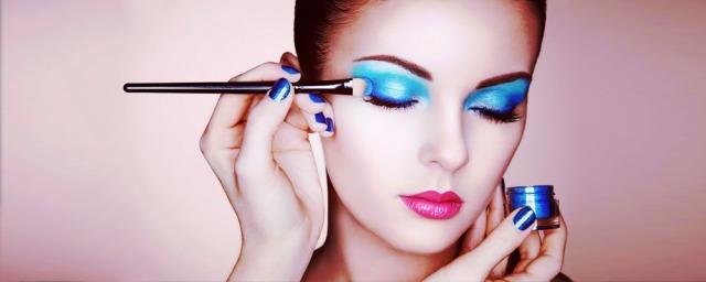 makeup-artist-banner