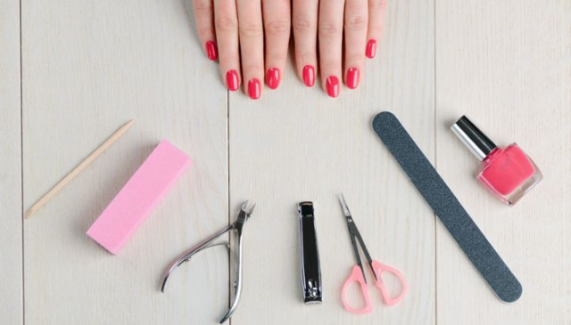 manicure home